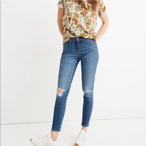 "Madewell 9"" Skinny Crop Jeans in Delmar Wash"